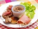 Рецепта Препечени филийки с маслинова паста и хамон